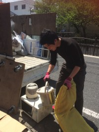 東大阪市にノートパソコンと洗濯機の不用品回収に行ったら何と・・・!!!!