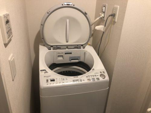洗濯機置き場から異臭!簡単な対処方法